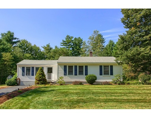 Single Family Home for Sale at 14 Barker Hill Road Townsend, Massachusetts 01469 United States