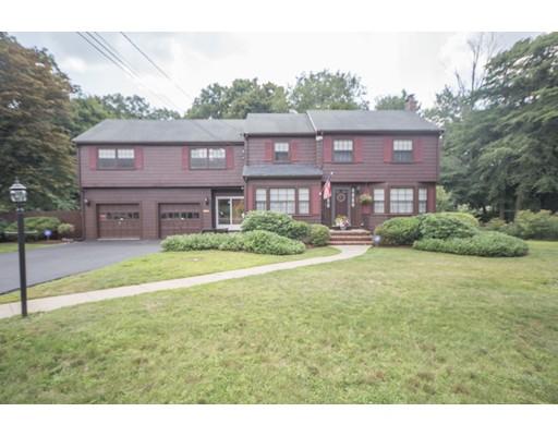 Maison unifamiliale pour l Vente à 26 Kathleen Lane 26 Kathleen Lane Norwood, Massachusetts 02062 États-Unis