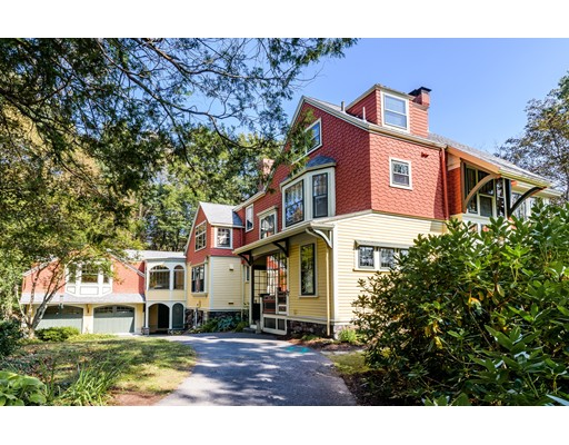 واحد منزل الأسرة للـ Sale في 17 Oakland Street 17 Oakland Street Lexington, Massachusetts 02420 United States