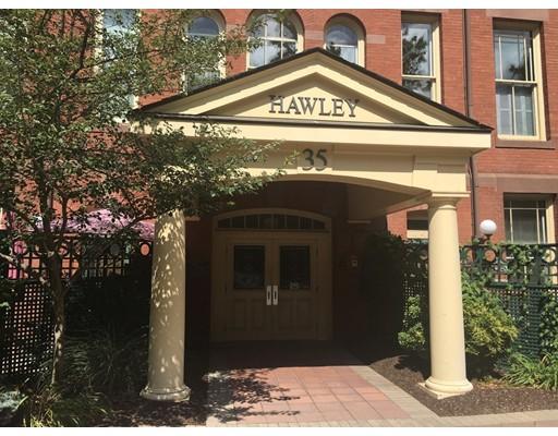 共管式独立产权公寓 为 销售 在 35 New South Street Northampton, 马萨诸塞州 01060 美国