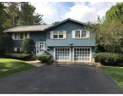Nhà ở một gia đình vì Bán tại 43 Woodmere Road Framingham, Massachusetts 01701 Hoa Kỳ
