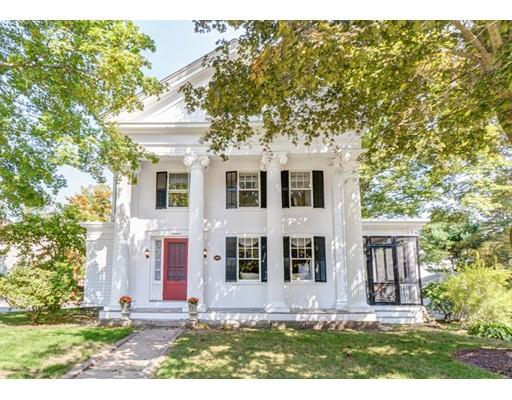 独户住宅 为 销售 在 19 Church Street 斯特伯鲁, 马萨诸塞州 01581 美国