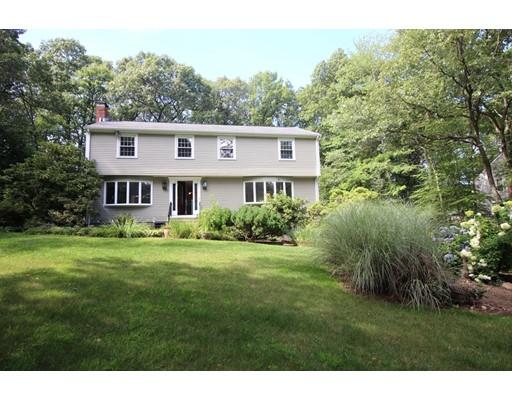 Nhà ở một gia đình vì Bán tại 151 Parker Road Framingham, Massachusetts 01702 Hoa Kỳ