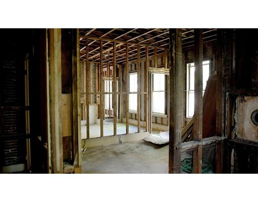 Multi-Family Home for Sale at 19 Glenwood Avenue Cambridge, Massachusetts 02139 United States