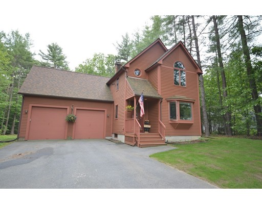 Casa Unifamiliar por un Venta en 21 Pine Hill Road Easthampton, Massachusetts 01027 Estados Unidos