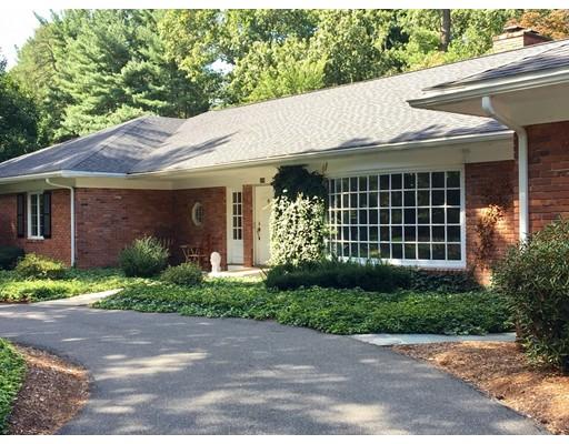 独户住宅 为 销售 在 174 Tanglewood Drive Longmeadow, 马萨诸塞州 01106 美国