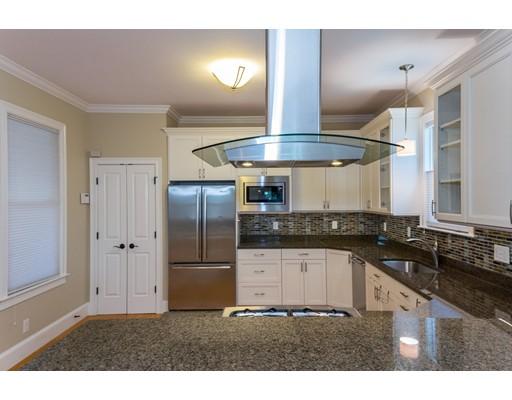 独户住宅 为 出租 在 9 Appleton Street Somerville, 02144 美国