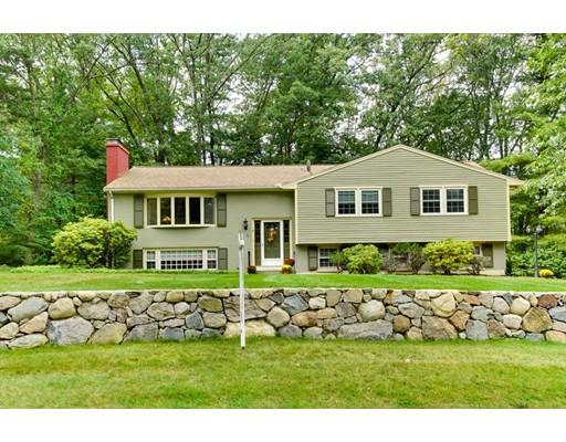 Nhà ở một gia đình vì Bán tại 18 Carter Drive Framingham, Massachusetts 01701 Hoa Kỳ