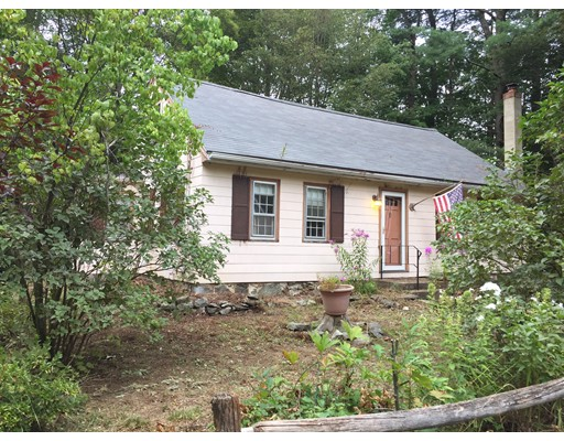 Single Family Home for Sale at 8 Pentucket Avenue Georgetown, Massachusetts 01833 United States