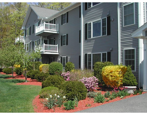 Condominium for Sale at 27 Greenleaves Drive 27 Greenleaves Drive Amherst, Massachusetts 01002 United States