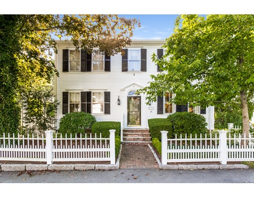 Single Family Home for Sale at 25 North Street 25 North Street Mattapoisett, Massachusetts 02739 United States