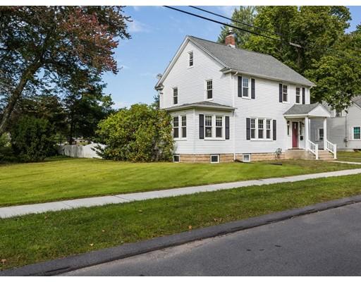 独户住宅 为 销售 在 104 Colton Place Longmeadow, 马萨诸塞州 01106 美国