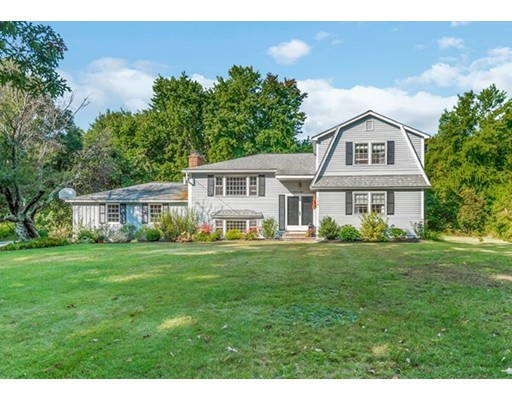 108 Greenwood Rd, Andover, MA 01810