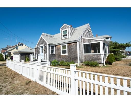独户住宅 为 销售 在 29 Manomet Avenue 赫尔, 马萨诸塞州 02045 美国