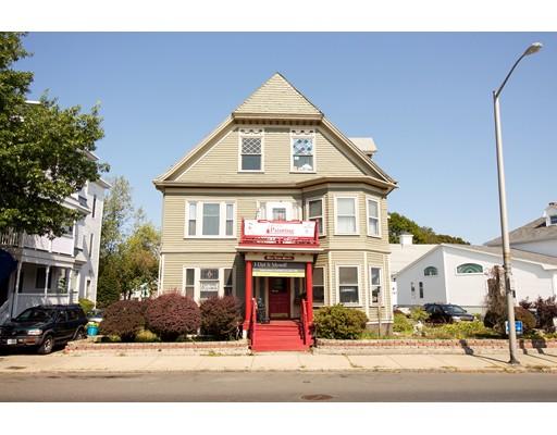 Casa Multifamiliar por un Venta en 3 Lewis Street Lynn, Massachusetts 01902 Estados Unidos