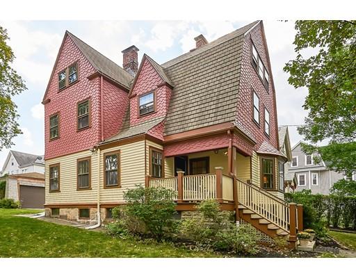 独户住宅 为 销售 在 58 Court Street 牛顿, 马萨诸塞州 02458 美国