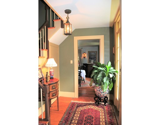 Single Family Home for Sale at 18 Streetevens Street North Andover, Massachusetts 01845 United States