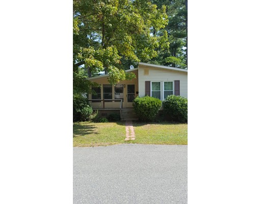Single Family Home for Sale at 8 Lincoln Circle Carver, Massachusetts 02330 United States