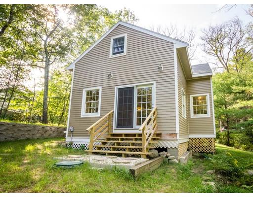 独户住宅 为 销售 在 83 High 厄普顿, 马萨诸塞州 01568 美国