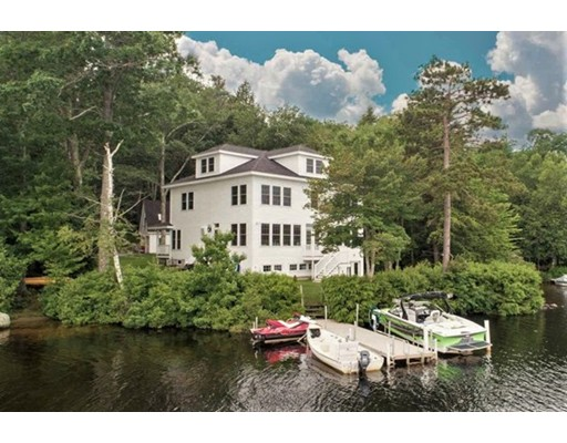 واحد منزل الأسرة للـ Sale في 48 Baker Avenue 48 Baker Avenue Deerfield, New Hampshire 03037 United States