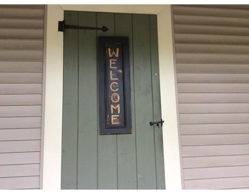 独户住宅 为 出租 在 58 Elm 58 Elm East Bridgewater, 马萨诸塞州 02333 美国