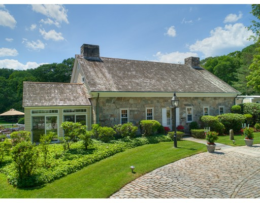 Additional photo for property listing at 700 Great Road 700 Great Road Lincoln, Rhode Island 02865 États-Unis