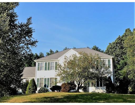 Casa Unifamiliar por un Venta en 1 Thorning Drive Shrewsbury, Massachusetts 01545 Estados Unidos