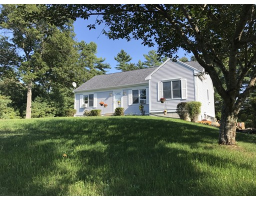 Single Family Home for Sale at 3 John Alden Court Carver, Massachusetts 02330 United States