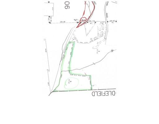 土地 为 销售 在 5 Pleasant Street 5 Pleasant Street 贝克特, 马萨诸塞州 01223 美国