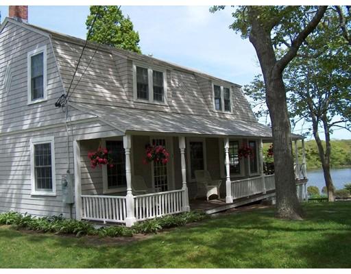 Casa Unifamiliar por un Venta en 99 Lake Elizabeth Drive 99 Lake Elizabeth Drive Barnstable, Massachusetts 02632 Estados Unidos