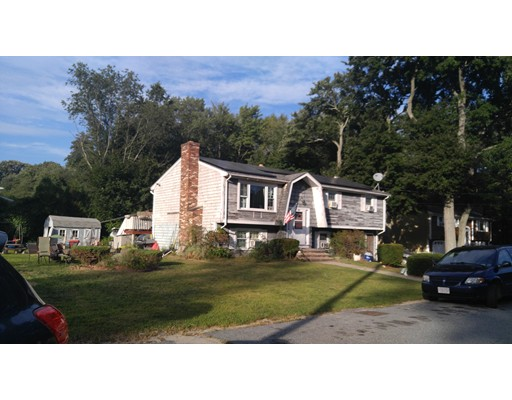 140 Lucy Ln, Somerset, MA 02726