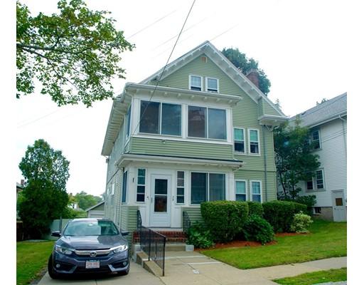 Maison avec plusieurs logements pour l Vente à 39 Enfield Road Winthrop, Massachusetts 02152 États-Unis