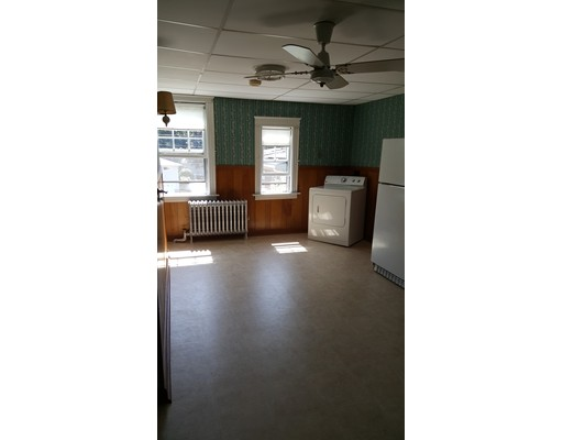 Appartement pour l à louer à 228 Central #2 Auburn, Massachusetts 01501 États-Unis