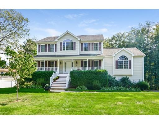 واحد منزل الأسرة للـ Sale في 46 Susan Lane 46 Susan Lane Bellingham, Massachusetts 02019 United States
