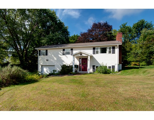 Single Family Home for Sale at 17 Kennedy Avenue Dudley, Massachusetts 01571 United States