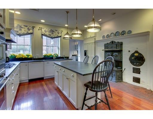 Casa Unifamiliar por un Alquiler en 2 Oliver 2 Oliver Salem, Massachusetts 01970 Estados Unidos