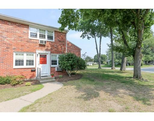 共管式独立产权公寓 为 销售 在 540 Granby Road South Hadley, 马萨诸塞州 01075 美国