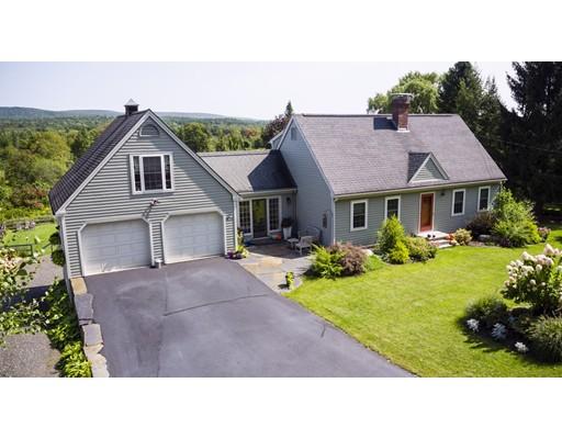 Casa Unifamiliar por un Venta en 820 South East Street Amherst, Massachusetts 01002 Estados Unidos