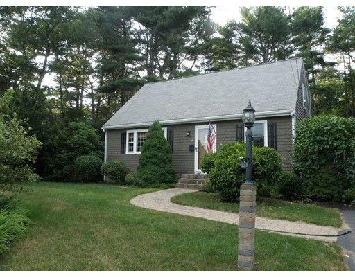 Single Family Home for Sale at 10 Atwood Street Carver, Massachusetts 02330 United States