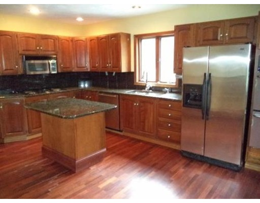 واحد منزل الأسرة للـ Rent في 80 Hillcrest Road 80 Hillcrest Road Belmont, Massachusetts 02478 United States