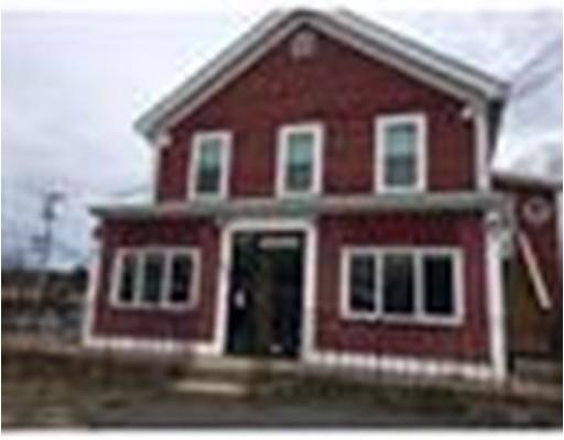 Commercial pour l à louer à 980 Pleasant Street 980 Pleasant Street Bridgewater, Massachusetts 02324 États-Unis