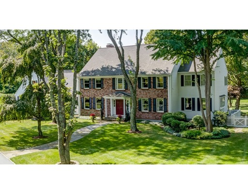 Single Family Home for Sale at 323 Wellesley Street Weston, Massachusetts 02493 United States