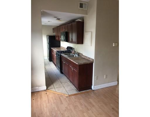 Apartamento por un Alquiler en 14 chester Ave #2 14 chester Ave #2 Brockton, Massachusetts 02301 Estados Unidos