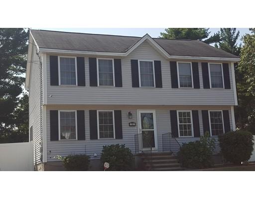 独户住宅 为 销售 在 12 Northeastern Blvd 12 Northeastern Blvd Nashua, 新罕布什尔州 03062 美国