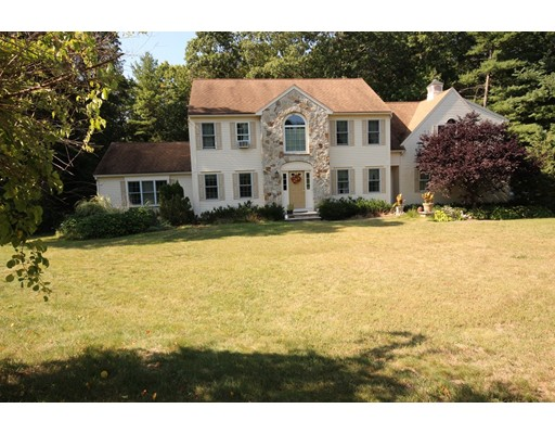 Single Family Home for Sale at 45 Winslow Drive 45 Winslow Drive Hanover, Massachusetts 02339 United States