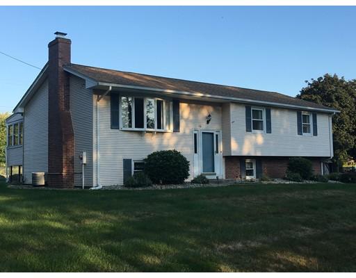独户住宅 为 销售 在 16 Doane Ter South Hadley, 马萨诸塞州 01075 美国