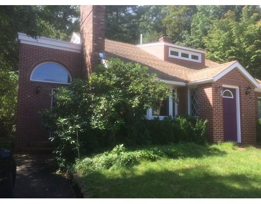 独户住宅 为 销售 在 36 Walsh Road 牛顿, 马萨诸塞州 02459 美国