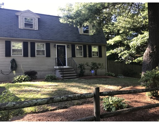 Single Family Home for Sale at 4 Lily Street Billerica, Massachusetts 01821 United States