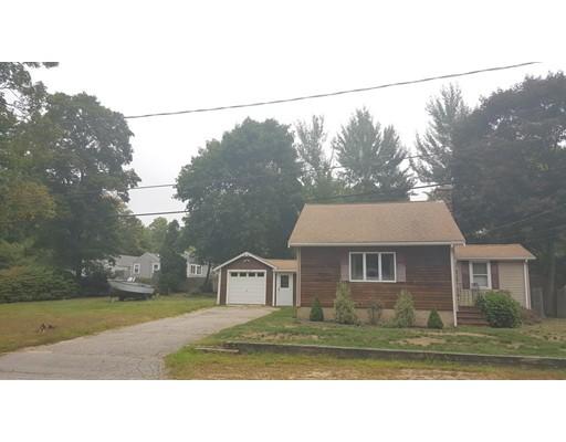 Частный односемейный дом для того Продажа на 11 Cross Street 11 Cross Street Halifax, Массачусетс 02338 Соединенные Штаты
