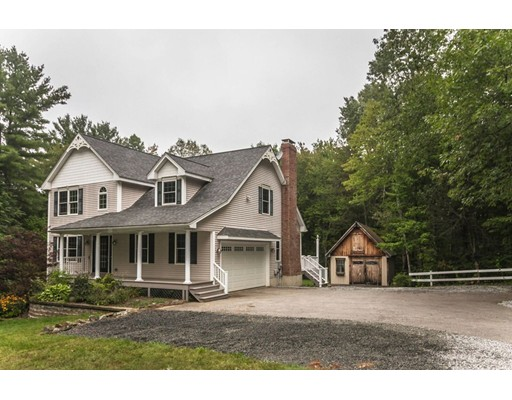واحد منزل الأسرة للـ Sale في 12 Mill Road 12 Mill Road North Brookfield, Massachusetts 01535 United States